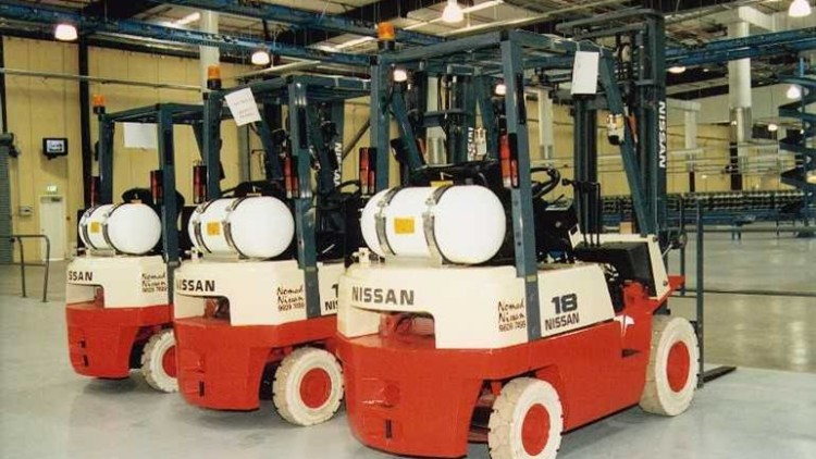 Natural Gas vs Liquid Propane Gas for Your Forklift Fleet