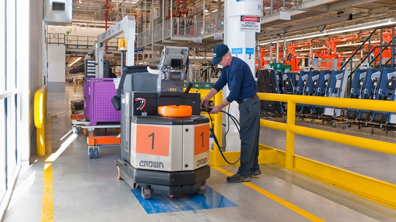 Fuel Cell Power For Forklifts Is Here